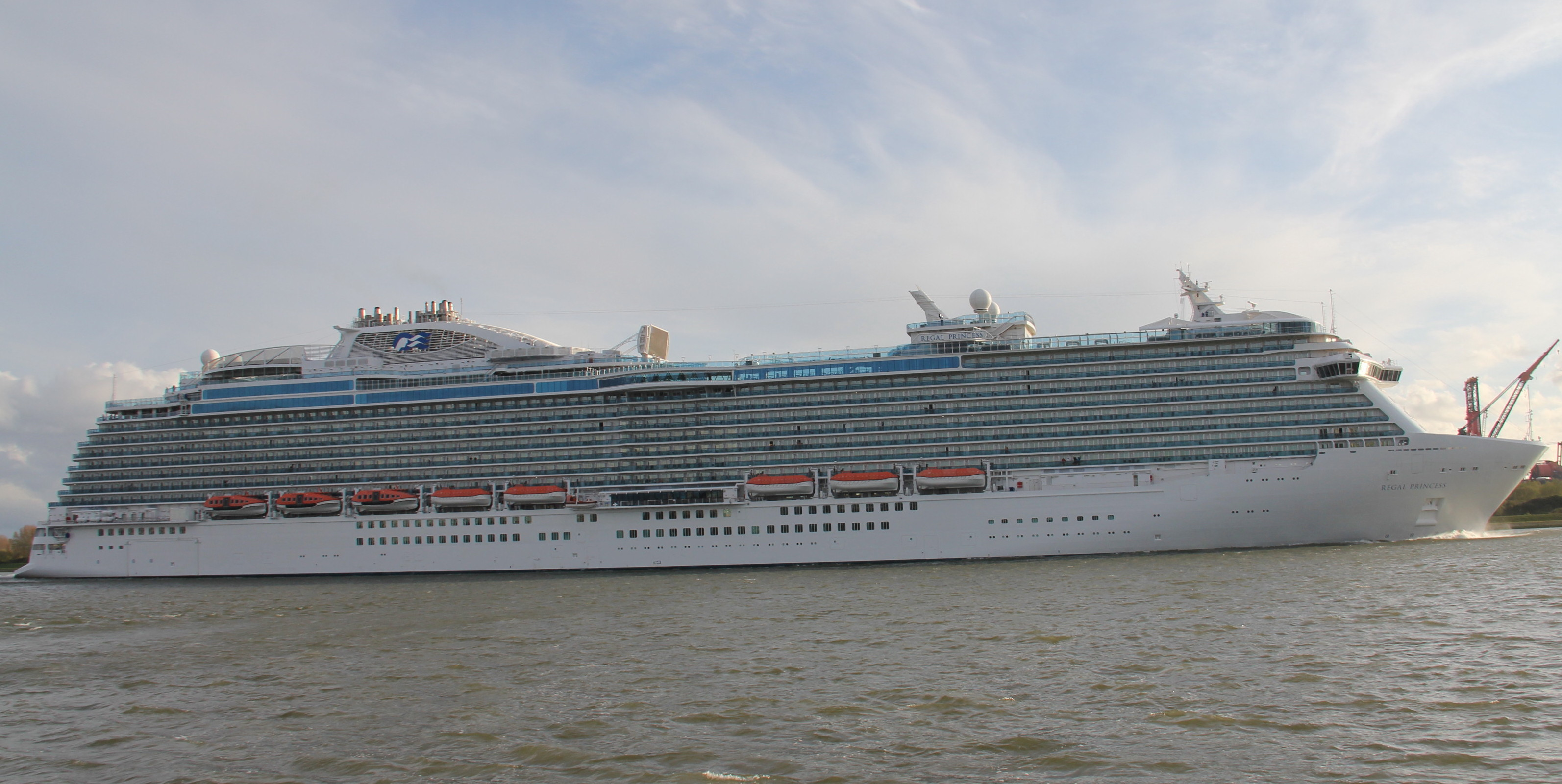 regalprincess04.jpg