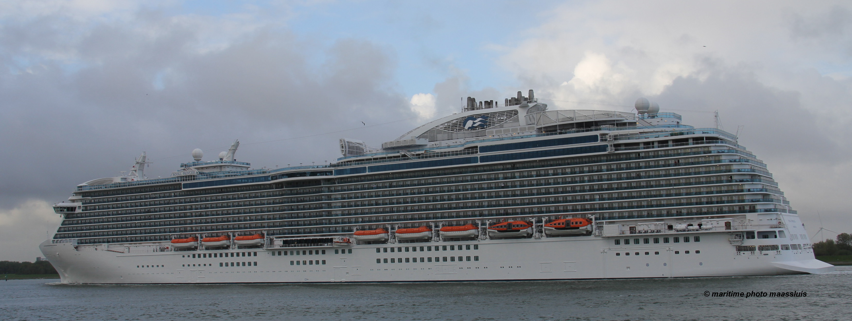 royalprincess03.jpg